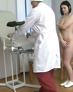 Teen seduced by her gynecologist